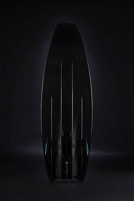 deska-carbon-mako-slingshot-surfing