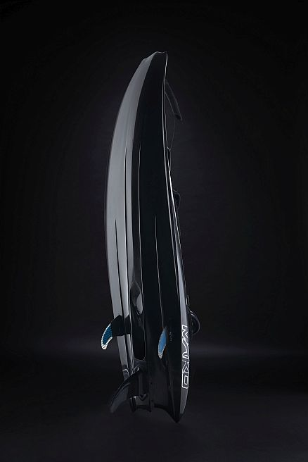 deska-surfingowa-naped-silnik-spalinowy