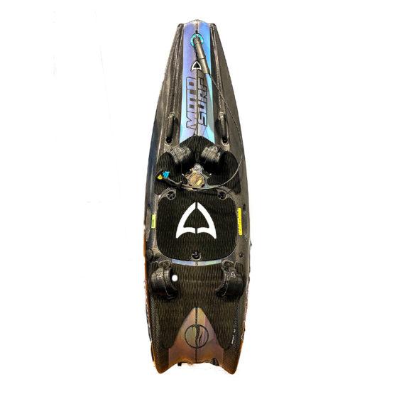 mako-motodeska-psyhodelik-silnik-spalinowy-surfingowa