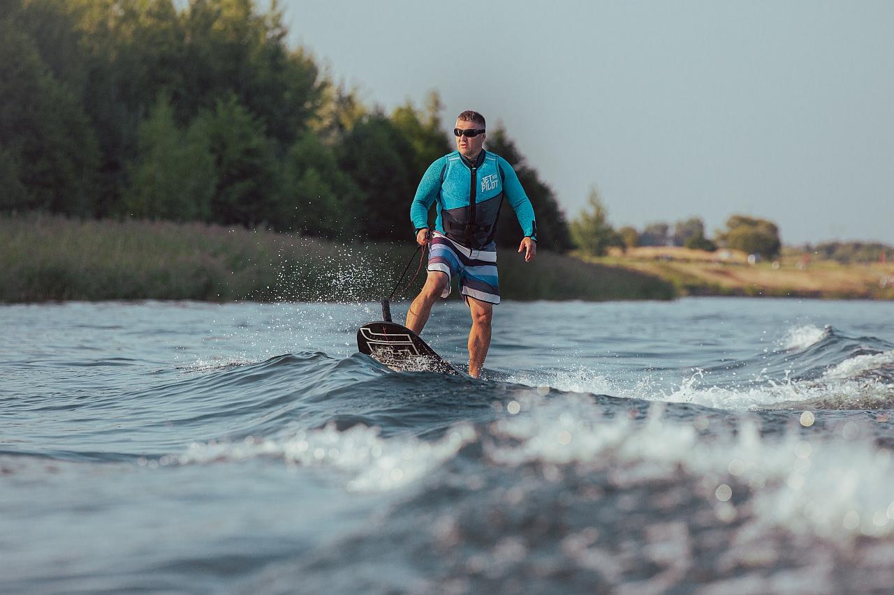 deski-silnikowe-surfingowe-czeskie-jetsurf-race-dfi