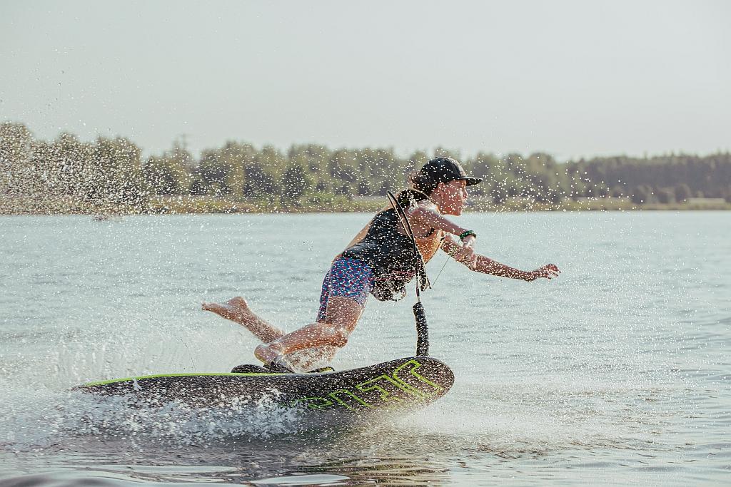 motosurf-skoki-jetsurf-pogoria-deski-surfingowe